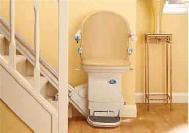 Service and maintenance contract for straight rail stairlifts